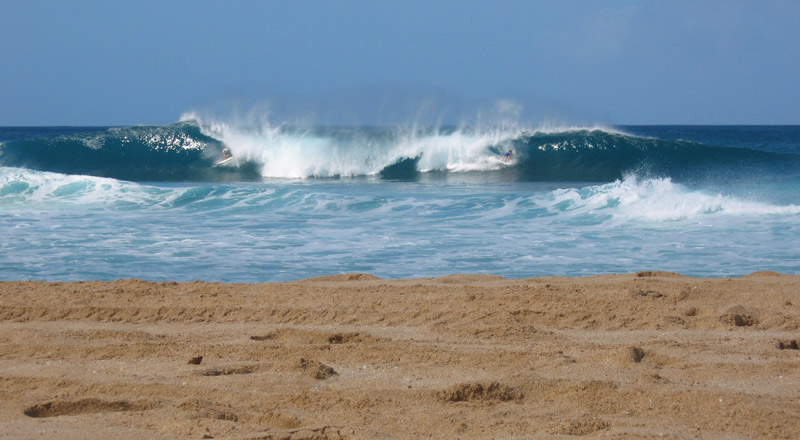 656a49eb25 Come surf   check out the Pipeline Masters on the North Shore with our surf  guide