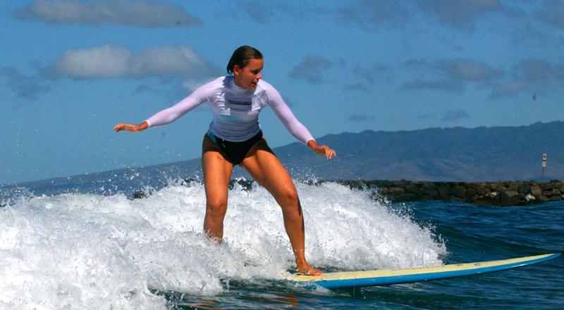 Russian_surfer_girl_Oahu