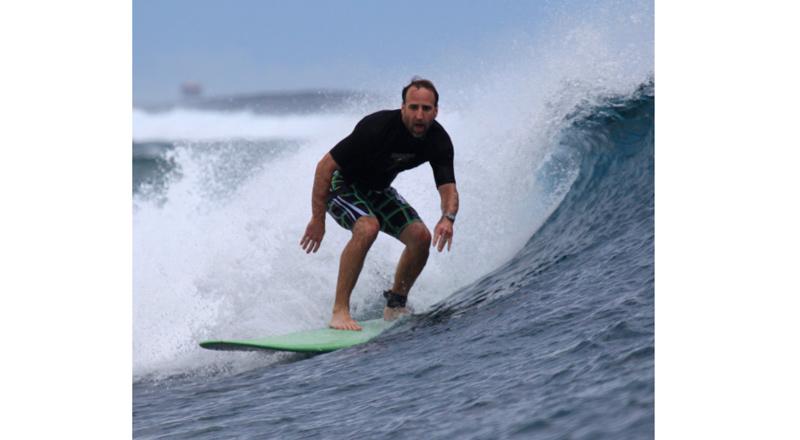 surf-getaways-01