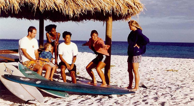 surf-getaways-09