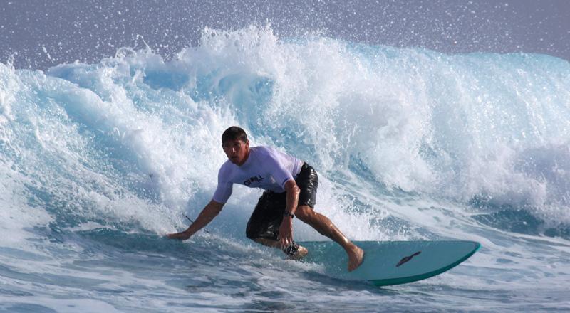 surfing_Namotu_Fiji