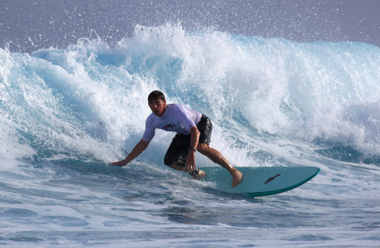 Great Locations for Solo Surf Trips to Fiji Hawaii or Australia